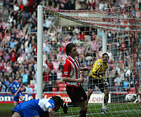 Photo. Andrew Unwin.<br /> Sunderland v Derby County, Nationwide League Division One, Stadium of Light, Sunderland 27/03/2004.<br /> Sunderland's John Oster wheels away after scoring his team's first goal.