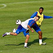 NLD/Katwijk/20100809 - Training van het Nederlands elftal, Leroy Fer