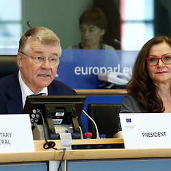 12 May 2017, 123rd Plenary Session of the European Committee of the Regions <br /> Belgium - Brussels - May 2017 <br /> <br /> Mr Markku Markkula, President of the European Committee of the Regions (CoR) and Ms Gudrun Mosler-Tornstrom, President of the Congress of the Council of Europes<br /> <br /> <br /> © European Union / Patrick Mascart