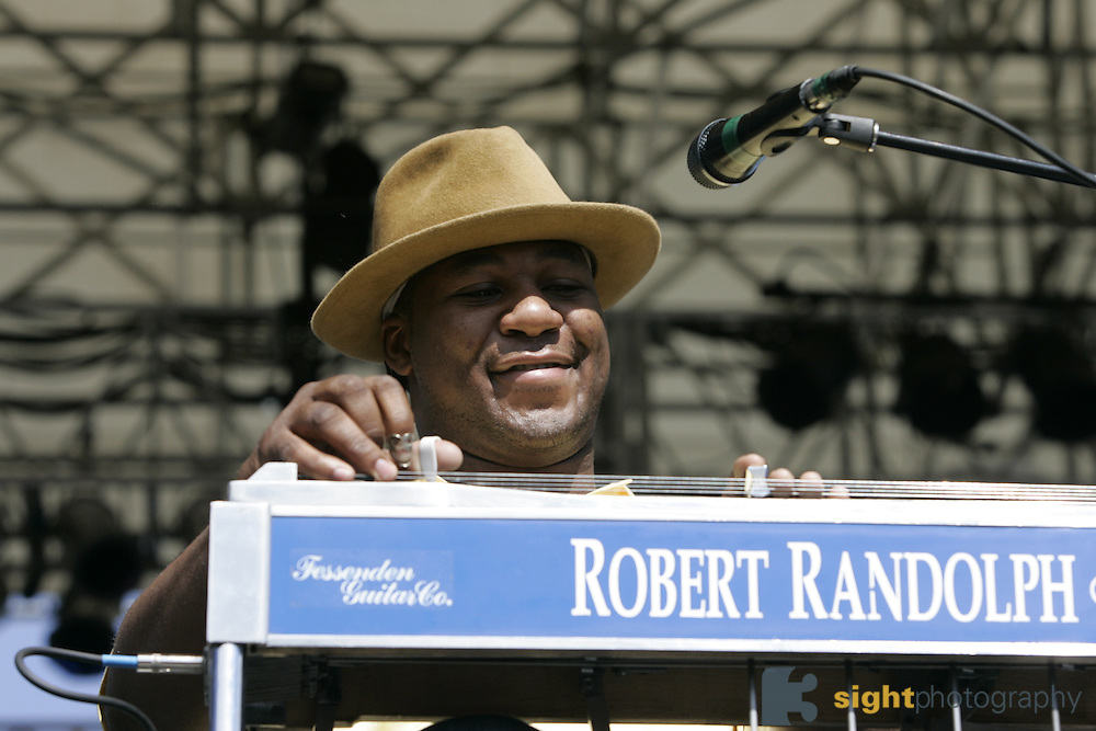 May 29, 2005, Pataskala, Ohio. Robert Randolph and the Family Band perform at The Spring 2005 Hookahville in Pataskala, Ohio. Hookahville is a festival hosted by Columbus local band ekoostik hookah twice a year and attracts some of the top jam bands in the country. Photo © Bryan Rinnert