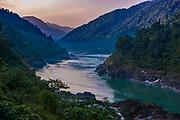 Weitgehende unberührte Landschaft am Siang Fluss, Arunachal Pradesh, Nordost Indien*Almost untouched djungle landscape in Arunachal Pradesh, Northeast India