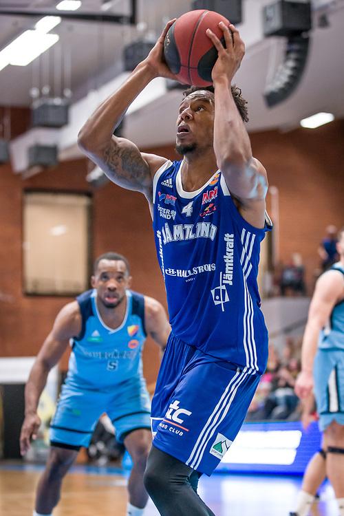 BASKETLIGAN 2019-11-18<br /> Jämtlands Justin Gordon under måndagens match i basketligan mellan Jämtland Basket och Djurgården<br /> <br /> Foto: Per Danielsson/Projekt.P