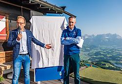 27.06.2019, Starthaus Streif, Kitzbuehel, AUT, FIS Ski Weltcup, Herren, Praesentation des Hahnenkamm Plakats 2020, im Bild v.l. Peter Kofler (BTV Geschäftsleitung Deutschland Privatkunden), Michael Huber (OK Chef Hahnenkammrennen) // f.l. Peter Kofler BTV Management Germany Private Customers and Michael Huber OK Chief Hahnenkamm race during the Presentation of the Hahnenkamm poster 2020 at the Starthaus Streif in Kitzbuehel, Austria on 2019/06/27. EXPA Pictures © 2019, PhotoCredit: EXPA/ Stefan Adelsberger