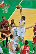 DESCRIZIONE : Campionato 2013/14 Finale GARA 4 Montepaschi Mens Sana Siena - Olimpia EA7 Emporio Armani Milano<br /> GIOCATORE : Jeff Viggiano<br /> CATEGORIA : Schiacciata Sequenza<br /> SQUADRA : Montepaschi Siena<br /> EVENTO : LegaBasket Serie A Beko Playoff 2013/2014<br /> GARA : Montepaschi Mens Sana Siena - Olimpia EA7 Emporio Armani Milano<br /> DATA : 21/06/2014<br /> SPORT : Pallacanestro <br /> AUTORE : Agenzia Ciamillo-Castoria / Luigi Canu<br /> Galleria : LegaBasket Serie A Beko Playoff 2013/2014<br /> Fotonotizia : DESCRIZIONE : Campionato 2013/14 Finale GARA 4 Montepaschi Mens Sana Siena - Olimpia EA7 Emporio Armani Milano<br /> Predefinita :