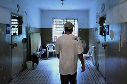 O interno da FASE, em Porto Alegre, M.C.Z, de 19 anos no interior do prédio da instituição. FOTO: Jefferson Bernardes/Preview.com