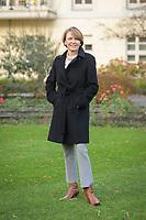 14 DEC 2020, BERLIN/GERMANY:<br /> Elke Buedenbender, Juristin und Gattin des Bundespraesidenten, im Garten von Schloss Bellevue<br /> IMAGE: 20201214-01-025<br /> KEYWORDS: Elke Büdenbender, First Lady