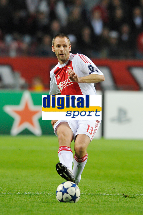 FOOTBALL - UEFA CHAMPIONS LEAGUE 2010/2011 - GROUP STAGE - GROUP G - AJAX AMSTERDAM v AJ AUXERRE - 19/10/2010 - PHOTO GUY JEFFROY / DPPI - ANDRE OOIJER (AJAX)