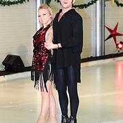 NLD/Utrecht/20121218 - Perspresentatie Sterren Dansen op het IJs 2013, Paul Turner en schaatspartner Scarlett
