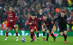 LIVERPOOL, ENGLAND - Wednesday, March 11, 2020: Liverpool's Alex Oxlade-Chamberlain during the UEFA Champions League Round of 16 2nd Leg match between Liverpool FC and Club Atlético de Madrid at Anfield. (Pic by David Rawcliffe/Propaganda)
