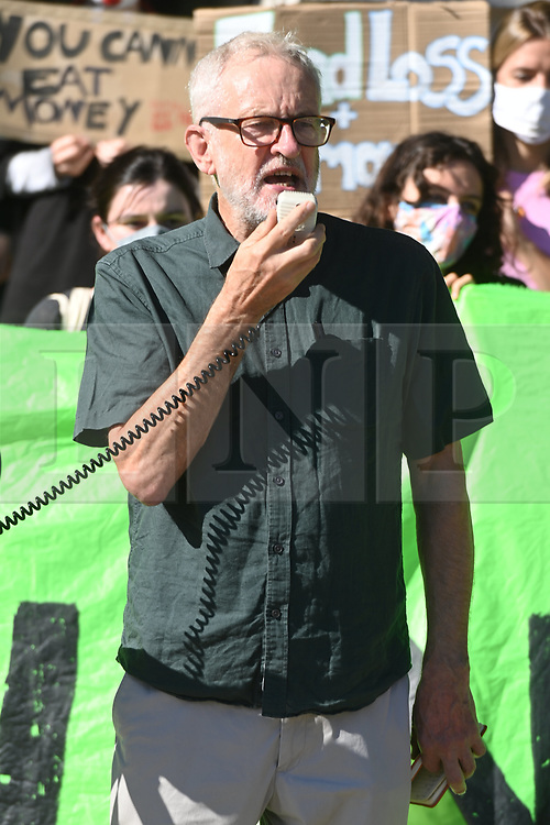 © Licensed to London News Pictures. 24/09/2021. London, UK. Former Labour Party leader JEREMY CORBYN makes a speech at the Global School Strike calling for immediate action by governments and companies against climate change and the environment. Photo credit: Ray Tang/LNP