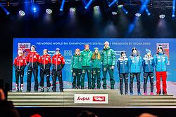 02.03.2019, Seefeld, AUT, FIS Weltmeisterschaften Ski Nordisch, Seefeld 2019, Siegerehrung, im Bild v.l. Silbermedaillengewinner Eva Pinkelnig (AUT), Philipp Aschenwald (AUT), Daniela Iraschko-Stolz (AUT), Stefan Kraft (AUT), Weltmeister und Goldmedaillengewinner Katharina Althaus (GER), Markus Eisenbichler (GER), Juliane Seyfarth (GER), Karl Geiger (GER), Bronzemedaillengewinner Anna Odine Stroem (NOR), Robert Johansson (NOR), Maren Lundby (NOR), Andreas Stjernen (NOR) // f.l. Silver medalist Eva Pinkelnig Philipp Aschenwald Daniela Iraschko-Stolz Stefan Kraft of Austria World champion and Gold medalist Katharina Althaus Markus Eisenbichler Juliane Seyfarth Karl Geiger of Germany and Bronce medalist Anna Odine Stroem Robert Johansson Maren Lundby Andreas Stjernen of Norway during the winner Ceremony for the FIS Nordic Ski World Championships 2019. Seefeld, Austria on 2019/03/02. EXPA Pictures © 2019, PhotoCredit: EXPA/ Stefan Adelsberger
