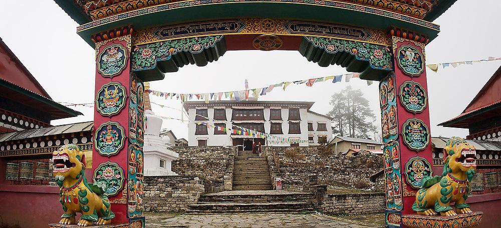 Entrance gate to Tengboche Monastery, Khumbu (Everest) region, Sagarmatha National Park, Himalaya Mountains, Nepal.