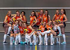 20191224 NED: Photoshoot selection of Orange Youth Girls, Arnhem
