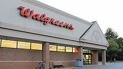 October 9, 2018 - Naperville, IL, USA - A Walgreens store in Naperville, Ill. in September 2016. Walgreens is eliminating health insurance for most eligible retirees and restricting which part-time employees qualify for paid time off as part of benefits changes. The drugstore chain also is adding a paid parental leave benefit and expanding short-term disability leaves. (Credit Image: © Genevieve Bookwalter/Chicago Tribune/TNS via ZUMA Wire)