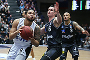 Basketball: 1. Bundesliga, Hamburg Towers - Hakro Merlins Crailsheim 91:92, Hamburg, 29.02.2020<br /> Tevonn Walker (Towers, r.)<br /> © Torsten Helmke