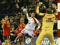 Torsten Jansen (GER) gegen Torhueter David Barrufet Bofill (ESP). © Urs Bucher/EQ Images