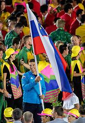 05-08-2016 BRA: Olympic Games day -1, Rio de Janeiro<br /> Openingsceremonie van de Olympische Spelen in Rio / dans, muziek, show en eenboodschap aan de wereld - Slovenie Slovenia / Vasilij Zbogar of Slovenia