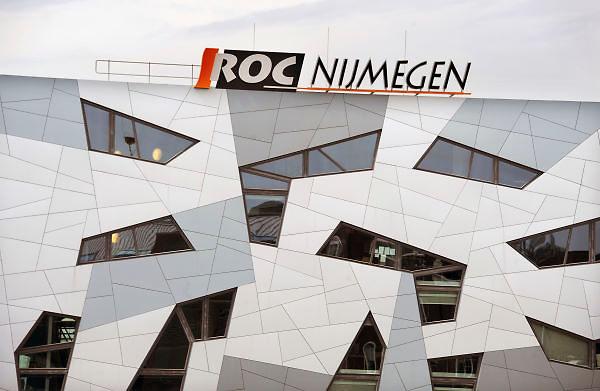 Nederland, Nijmegen, 28-6-2012Het moderne gebouw van het ROC bij het station.Foto: Flip Franssen/Hollandse Hoogte