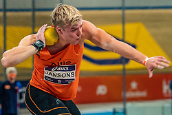 Sven Jansons in action on the shot put during the all-around at the Dutch Athletics Championships on 13 February 2021 in Apeldoorn