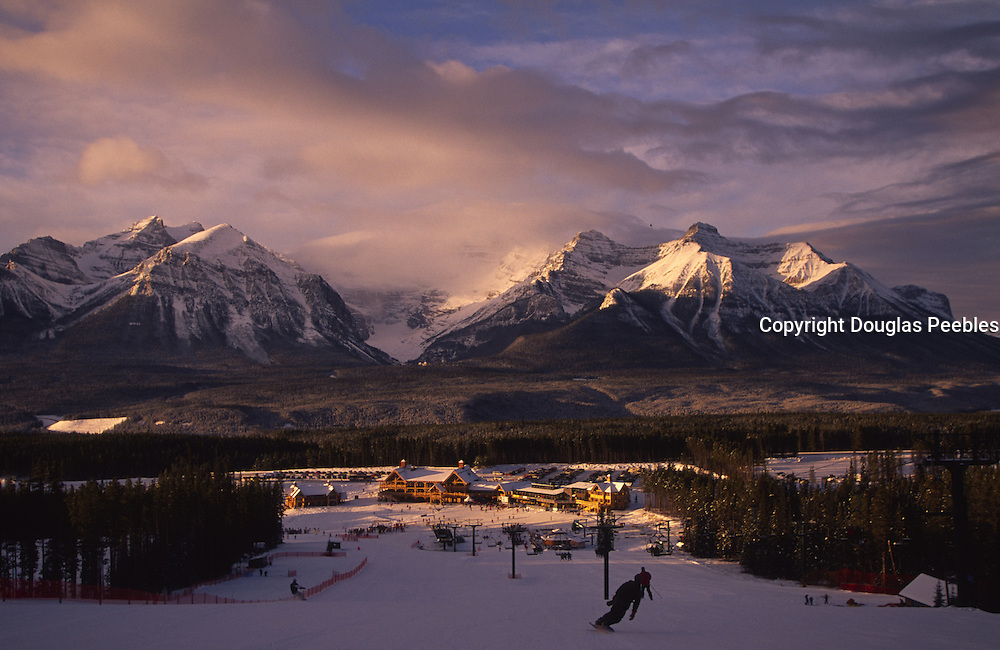 Skiing Lake Louise, Banff National park, Alberta, Canada<br />