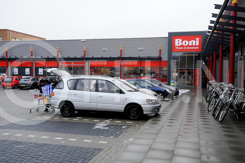 EMMEN - Nieuwe supermarkt Boni.Blad: Distrifood.Opdrachtever: Tys Hallema.nummer :199255.FFU PRESS AGENCY COPYRIGHT FRANK UIJLENBROEK.