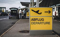 THEMENBILD - Abflugschild vor dem Flughafen, aufgenommen am 15. August 2018 in Graz, Oesterreich // Departure sign in front of the airport, Airport Graz, Austria on 2018/08/15. EXPA Pictures © 2018, PhotoCredit: EXPA/ JFK