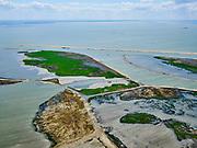 Nederland, Flevoland, Markermeer, 07-05-2021; Marker Wadden in het Markermeer. <br /> Doel van het project van Natuurmonumenten en Rijkswaterstaat is natuurherstel, met name verbetering van de ecologie in het gebied, in het bijzonder de kwaliteit van bodem en water. De Marker Wadden archipel bestaat momenteel uit vijf eilanden, twee nieuwe eilanden zijn in ontwikkeling.<br /> Marker Wadden, artifial islands. The aim of the project is to restore the ecology in the area, in particular the quality of soil and water.<br /> The Marker Wadden archipelago currently consists of five islands, two new islands are under development.<br /> luchtfoto (toeslag op standard tarieven);<br /> aerial photo (additional fee required)<br /> copyright © 2021 foto/photo Siebe Swart