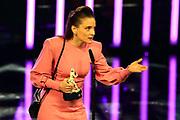 """Anne Ratte-Polle, Preisträgerin """"Beste Schauspielerin"""" für ihre Rolle als Marion in dem preisgekrönten Drama """"Es gilt das gesprochene Wort"""". Verleihung 41. Bayerischer Filmpreis 2019 am 17.01.2020 im Prinzregententheater München."""