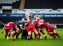 Alun Wyn Jones of Ospreys at the maul<br /> <br /> Photographer Simon King/Replay Images<br /> <br /> Guinness PRO14 Round 11 - Ospreys v Scarlets - Saturday 22nd December 2018 - Liberty Stadium - Swansea<br /> <br /> World Copyright © Replay Images . All rights reserved. info@replayimages.co.uk - http://replayimages.co.uk
