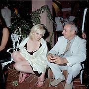 Sophie Dahl. Miramax post Oscar party. Beverley Hills Hotel. 26 March 2000. © Copyright Photograph by Dafydd Jones 66 Stockwell Park Rd. London SW9 0DA Tel 020 7733 0108 www.dafjones.com
