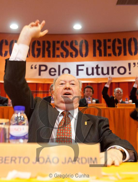 Alberto João Jardim na sessão de encerramento do XIII Congresso  do PSD Madeira..Foto Gregorio Cunha