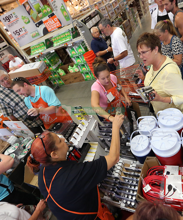 Shoppers compete for last minute hurricane supplies at The Home Depot in Lady Lake, FL, USA on Tuesday afternoon, September 5, 2017. Buyers are preparing for Hurricane Irma. The store was out of generators and water early Tuesday. Photo by Stephen M. Dowell/Orlando Sentinel/TNS/ABACAPRESS.COM