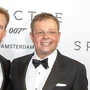 NLD/Amsterdam/20151028 - Premiere James Bondfilm Spectre, Chris Luken en partner Lars Christiaanse