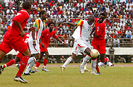 Senegal take control of the ball and the match from the start.