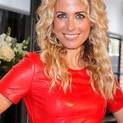 NLD/Amsterdam/20120618 - Inloop Meest Sexy Mannelijke BN'er , Vivian Reijs