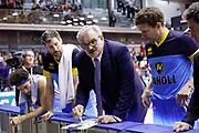 Sacchetti Romeo time out Cremona, GRISSIN BON REGGIO EMILIA vs VANOLI CREMONA, Campionato Lega Basket Serie A 2017/2018, recupero 23° giornata, PalaBigi Reggio Emilia 18 aprile 2018 - FOTO Bertani/Ciamillo