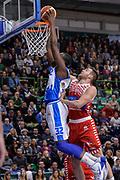 DESCRIZIONE : Campionato 2015/16 Serie A Beko Dinamo Banco di Sardegna Sassari - Consultinvest VL Pesaro<br /> GIOCATORE : Jarvis Varnado<br /> CATEGORIA : Schiacciata Sequenza<br /> SQUADRA : Dinamo Banco di Sardegna Sassari<br /> EVENTO : LegaBasket Serie A Beko 2015/2016<br /> GARA : Dinamo Banco di Sardegna Sassari - Consultinvest VL Pesaro<br /> DATA : 23/11/2015<br /> SPORT : Pallacanestro <br /> AUTORE : Agenzia Ciamillo-Castoria/L.Canu