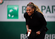 Serena Williams of the United States in action against Kristie Ahn of the United States during the first round at the Roland Garros 2020, Grand Slam tennis tournament, on September 28, 2020 at Roland Garros stadium in Paris, France - Photo Rob Prange / Spain ProSportsImages / DPPI / ProSportsImages / DPPI