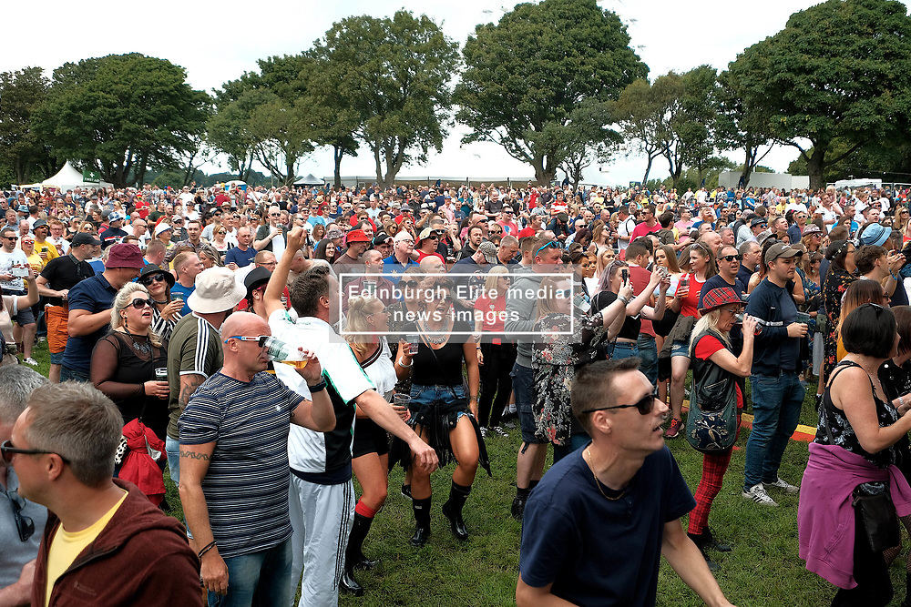 Party At The Palace, Saturday 11th August 2018<br /> <br /> Pictured: The crowd enjoys The Complete Stone Roses<br /> <br /> Aimee Todd | Edinburgh Elite media
