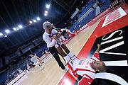 DESCRIZIONE : Pesaro Lega A 2011-12 Scavolini Siviglia Pesaro Umana Venezia<br /> GIOCATORE : Richard Hickman<br /> CATEGORIA : before pregame ritratto<br /> SQUADRA : Scavolini Siviglia Pesaro<br /> EVENTO : Campionato Lega A 2011-2012<br /> GARA : Scavolini Siviglia Pesaro Umana Venezia<br /> DATA : 06/11/2011<br /> SPORT : Pallacanestro<br /> AUTORE : Agenzia Ciamillo-Castoria/C.De Massis<br /> Galleria : Lega Basket A 2011-2012<br /> Fotonotizia : Pesaro Lega A 2011-12 Scavolini Siviglia Pesaro Umana Venezia<br /> Predefinita :