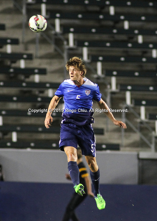 United States' Walker Zimmerman #5 heads a ball against Mexico during a men's national team international friendly match, April 22, 2015, at StubHub Center in Carson, California. United States won 3-0. (Photo by Ringo Chiu/PHOTOFORMULA.com)