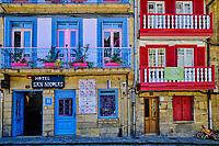 Espagne, Pays Basque, Guipuscoa, Fontarrabie, place des Armes // Spain, Basque Country, Guipuscoa, Hondarribia, piazza Arma