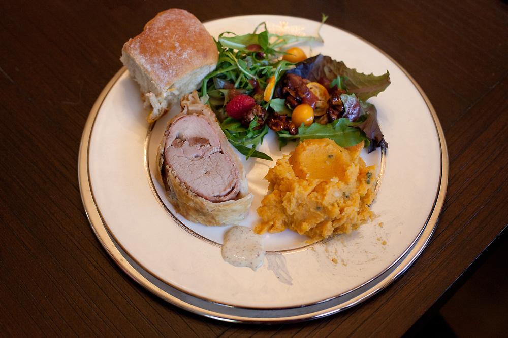 Pork Wellington at Katy's (PRICELE$$) - FESTIVUS - Xmas Lunch