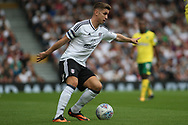 Fulham Midfielder Tom Cairney in action. EFL Skybet football league championship match, Fulham  v Norwich city at Craven Cottage in London on Saturday 5th August 2017.<br /> pic by Steffan Bowen, Andrew Orchard sports photography.