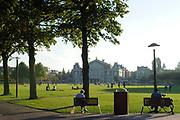Prinses Maxima tijdens de bijeenkomst 'the digital age' in het Rijksmuseum. De prinses zal een toespraak houden tijdens de bijeenkomst 'the digital age', over betere toegankelijkheid van diensten en producten, voor mensen over de hele wereld.<br /> <br /> Op de foto:  Vondelpark met het concertgebouw