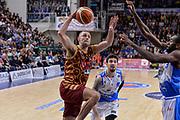 DESCRIZIONE : Campionato 2015/16 Serie A Beko Dinamo Banco di Sardegna Sassari - Umana Reyer Venezia<br /> GIOCATORE : Tomas Ress<br /> CATEGORIA : Schiacciata Sequenza<br /> SQUADRA : Umana Reyer Venezia<br /> EVENTO : LegaBasket Serie A Beko 2015/2016<br /> GARA : Dinamo Banco di Sardegna Sassari - Umana Reyer Venezia<br /> DATA : 01/11/2015<br /> SPORT : Pallacanestro <br /> AUTORE : Agenzia Ciamillo-Castoria/L.Canu