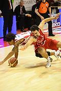 DESCRIZIONE : Pistoia Lega serie A 2013/14  Giorgio Tesi Group Pistoia Pesaro<br /> GIOCATORE : DERON WASHINGTON<br /> CATEGORIA : a terra<br /> SQUADRA : Giorgio Tesi Group Pistoia<br /> EVENTO : Campionato Lega Serie A 2013-2014<br /> GARA : Giorgio Tesi Group Pistoia Pesaro Basket<br /> DATA : 24/11/2013<br /> SPORT : Pallacanestro<br /> AUTORE : Agenzia Ciamillo-Castoria/M.Greco<br /> Galleria : Lega Seria A 2013-2014<br /> Fotonotizia : Pistoia  Lega serie A 2013/14 Giorgio  Tesi Group Pistoia Pesaro Basket<br /> Predefinita :