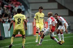 25-04-2010 VOETBAL: AJAX - FEYENOORD: AMSTERDAM<br /> De eerste wedstrijd in de bekerfinale is gewonnen door Ajax met 2-0 / Jon Dahl Tomasson en Gregory van der Wiel<br /> ©2009-WWW.FOTOHOOGENDOORN.NL