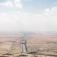 Al-Ain (Abu Dhabi), United Arab Emirates 04 April 2009.View of de desert..PHOTO: EZEQUIEL SCAGNETTI