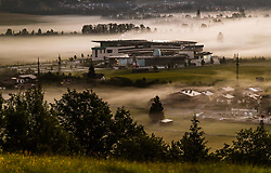 THEMENBILD - die Tauern Spa Kaprun bei Sonnenaufgang im Nebel, aufgenommen am 26. Mai 2018 in Kaprun, Österreich // the Tauern Spa Kaprun at sunrise in the fog, Kaprun, Austria on 2018/05/26. EXPA Pictures © 2018, PhotoCredit: EXPA/ JFK
